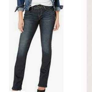 Figure Flattering Classic Bootcut Jeans